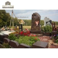 Памятник с фотокерамикой №10 — ritualum.ru